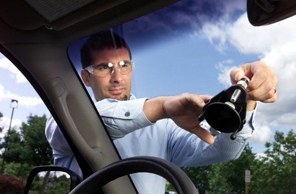 Windshield Replacement Near Me >> The Benefits of Mobile Auto Glass Companies - July - 2019